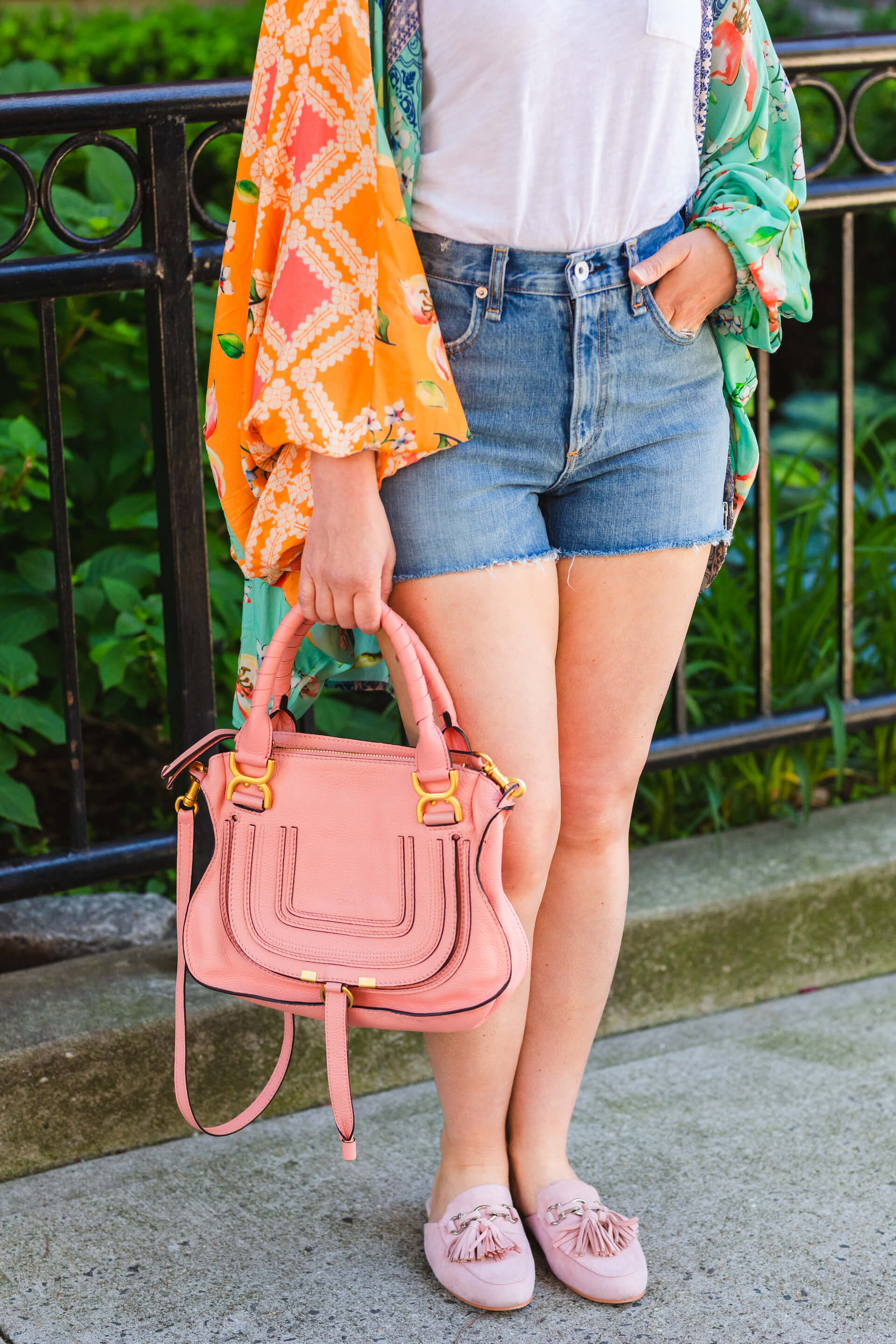 Chloe Bag Rag & Bone Shorts Look by Modnitsa Styling