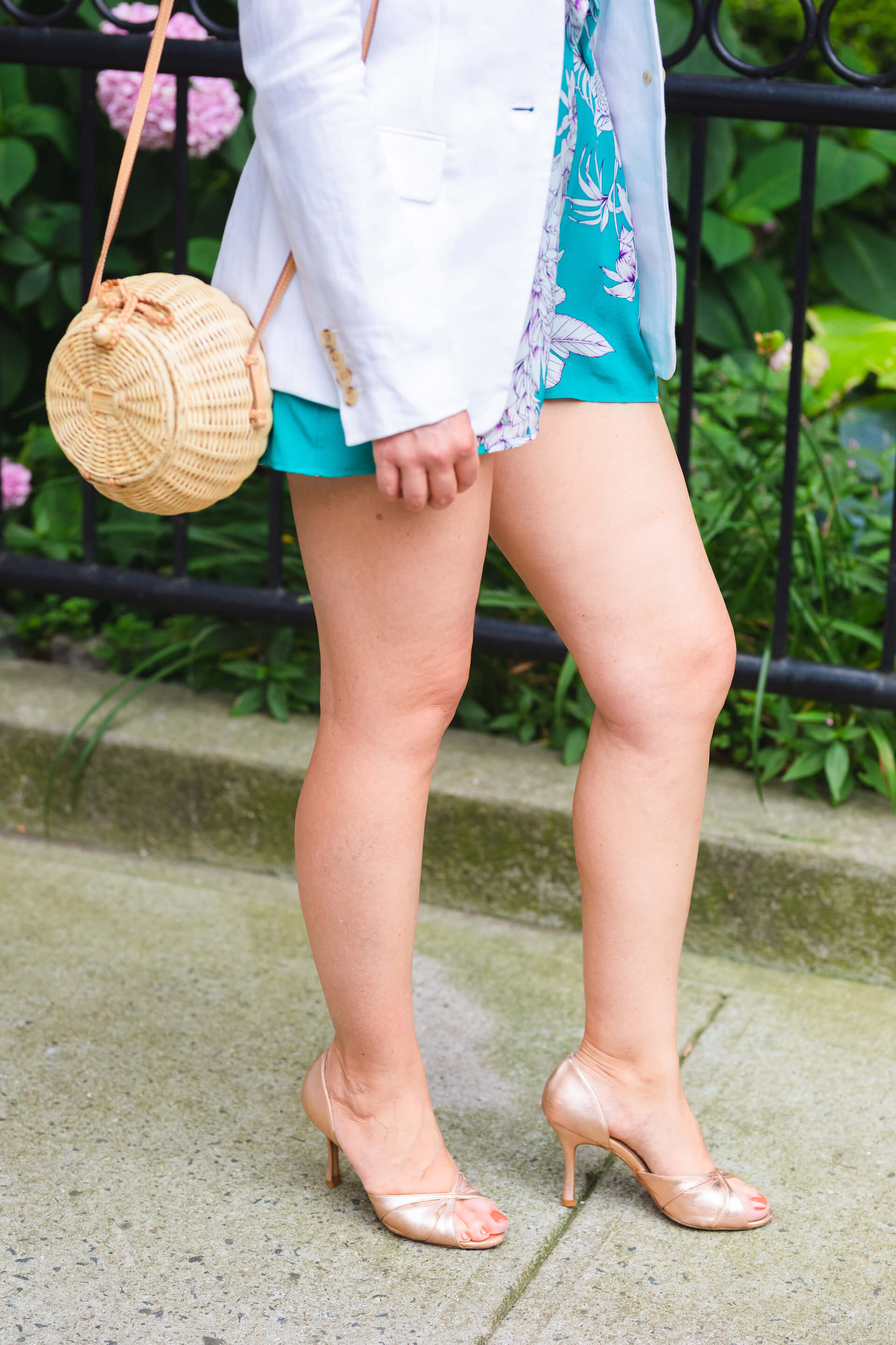YUMI KIM ROMPER SUMMER LOOK BY MODNITSA STYLING